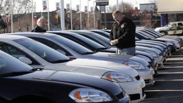 FBN's Jeff Flock on thousands of recalled GM cars for-sale on dealer lots across the country.