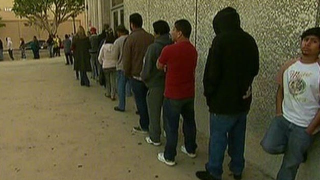 FBN's Diane Macedo breaks down the latest report on unemployment.