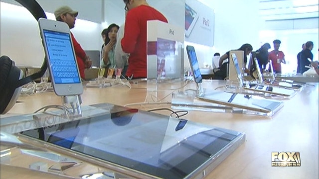 Focus on earnings next week with tech giant Apple taking the spotlight. Christina Scotti reports.