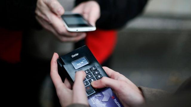 Хакеры в США взломали 40 миллионов банковских карт. счета, США,