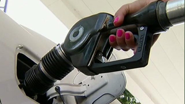 FBN's Jo Ling Kent on the rise in gas prices.