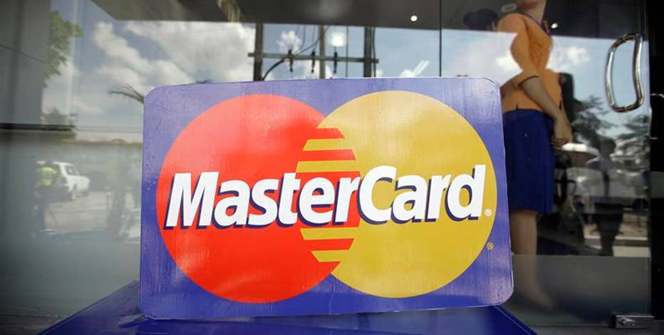 Jo Ling Kent reports MasterCard has beaten estimates with its 2Q earnings.