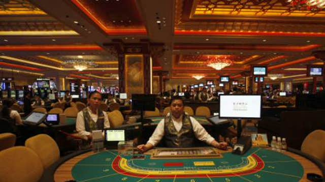 Mohegan Tribal Gaming Authority CEO Mitchell Etess on U.S. gambling, Atlantic City's casino closings and how casinos can find success in the future.