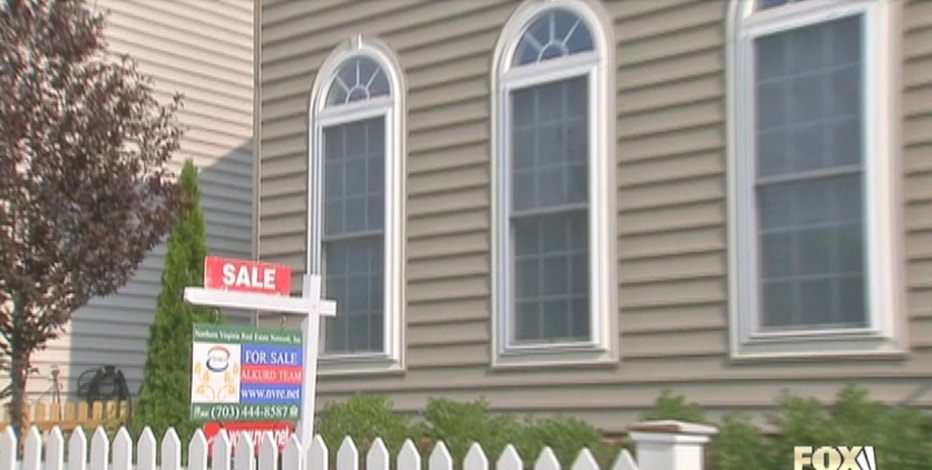 Wall Street and Main Street will have all eyes on important housing news next week. Christina Scotti reports.