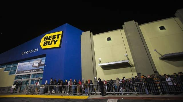 Diane Macedo reports that Best Buy beat estimates with its 2Q earnings report.