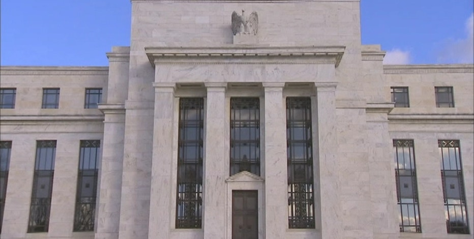 After months of speculation, many analysts think the Fed will begin tapering its bond-buying program next week. Christina Scotti reports.