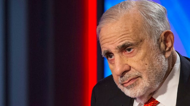 Billionaire investor Carl Icahn discusses the markets and his open letter urging Apple CEO Tim Cook to accelerate share repurchases.
