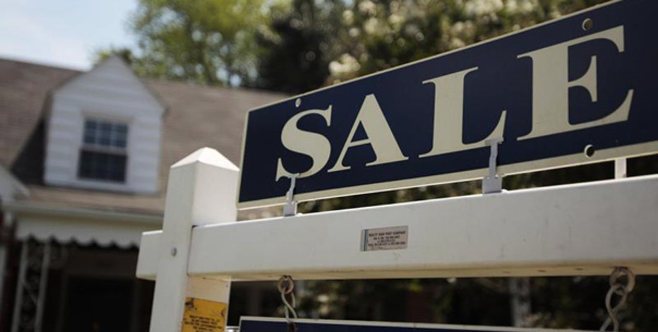 Bankrate.com senior financial analyst Greg McBride and University of Pennsylvania Professor of Real Estate Susan Wachter on Fannie Mae and Freddie Mac's deal to ease credit restrictions on borrowers.