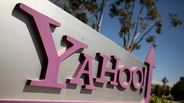 Yahoo surprises Wall Street with 3Q earnings, revenue beat