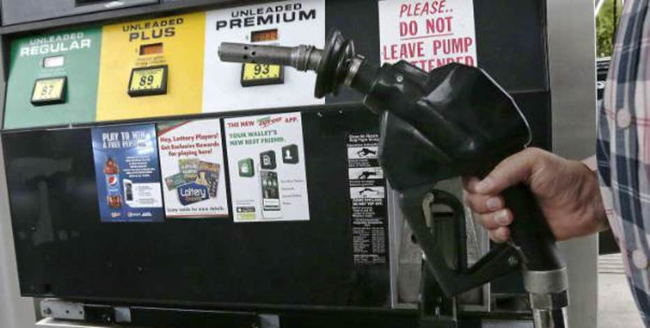 GasBuddy.com's Patrick DeHaan on the falling prices of oil and gasoline.