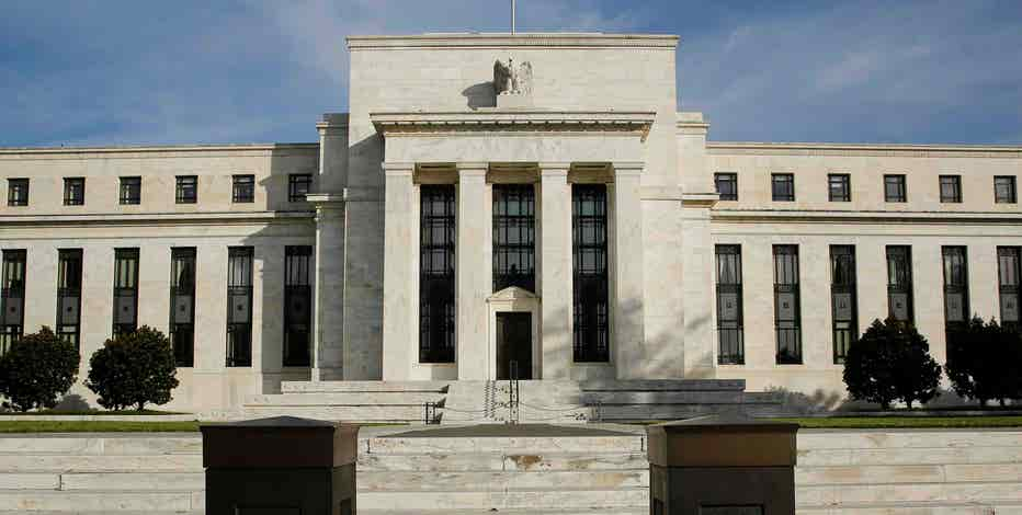 FBN's Peter Barnes on Federal Reserve Bank of Minneapolis President Narayana Kocherlakota's reason for dissent.