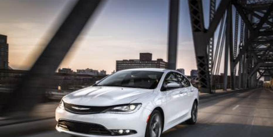 FBN's Ashley Webster breaks down Chrysler's October sales data.