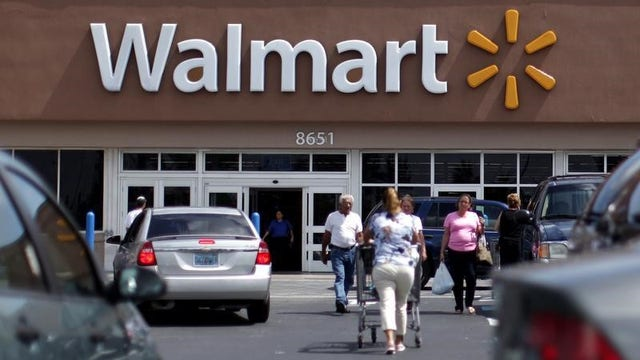 Retail Analyst Hitha Prabhakar, James Freeman of The Wall Street Journal and Collbean Group President Bob Knorpp discuss Walmart's five-day Black Friday sale and Radio Shack sales.