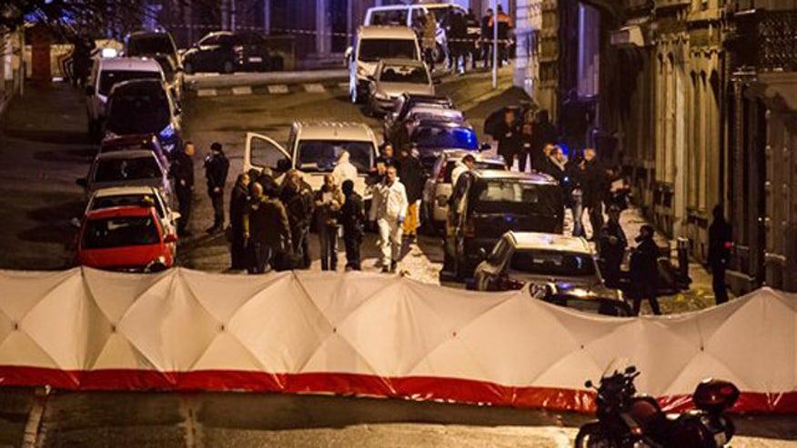 Police break up 'Belgian Charlie Hebdo'
