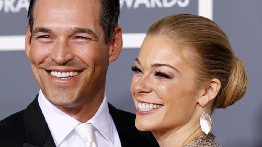 VH1 cancels LeAnn Rimes and Eddie Cibrian's reality show