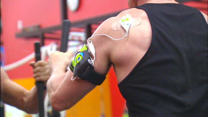 Physical therapist are using a new wearable device called SAM to help patients knock out pain