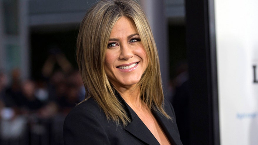 Jen Aniston reveals she has dyslexia