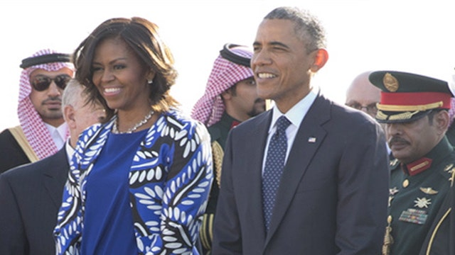 Fake outrage over Michelle Obama sans headscarf?