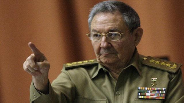 Cuba demands money from us and return of Guantanamo Bay