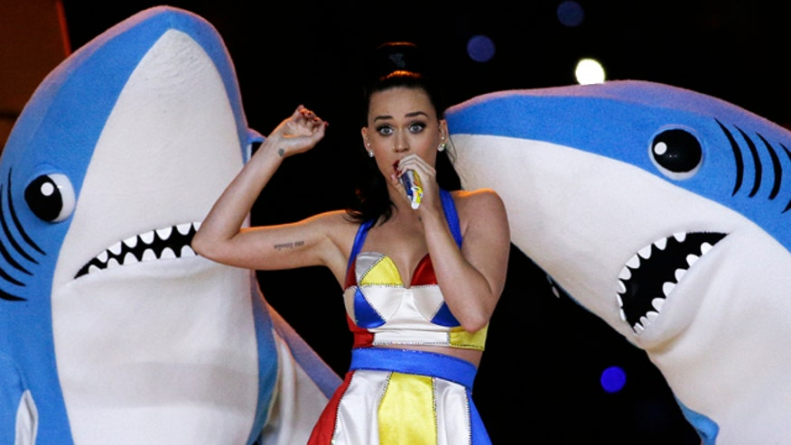 Pop star's Super Bowl performance gets rave reviews