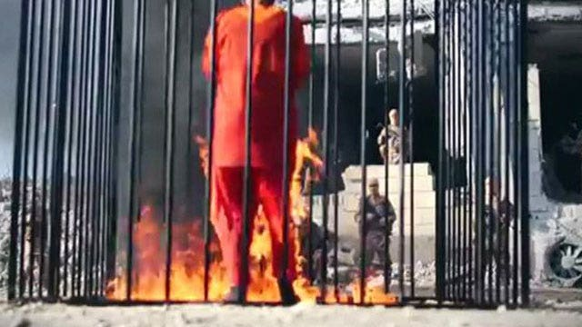 WARNING, EXTREMELY GRAPHIC VIDEO: ISIS burns hostage alive