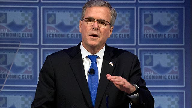 Bush lays out thoughts on economy, immigration in Detroit