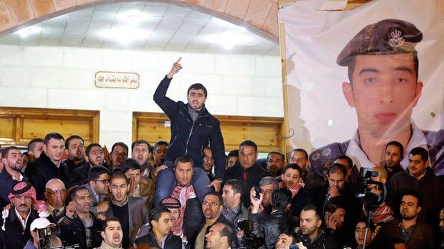 Grief, outrage in Jordan over murder of Jordanian pilot