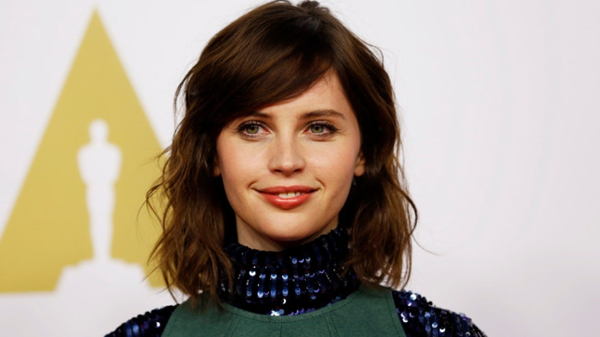 Felicity Jones lands big role in 'Star Wars' spinoff