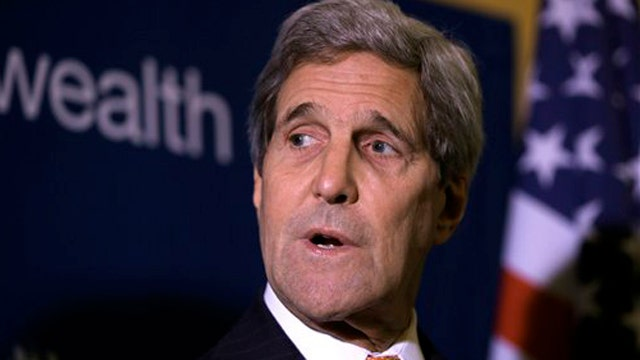 Sec'y Kerry travels to Ukraine as US weighs sending arms