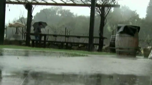 Heavy storm causes flooding, power outages along west coast