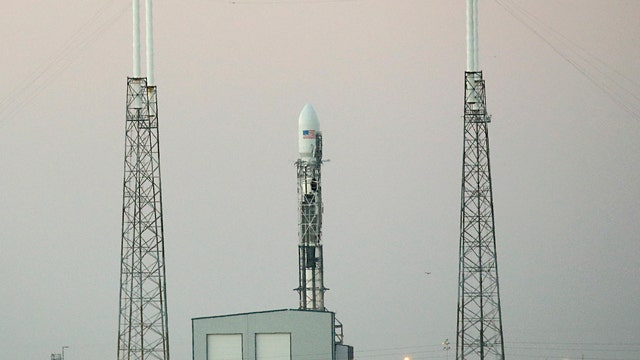 Bad weather delays launch of SpaceX rocket