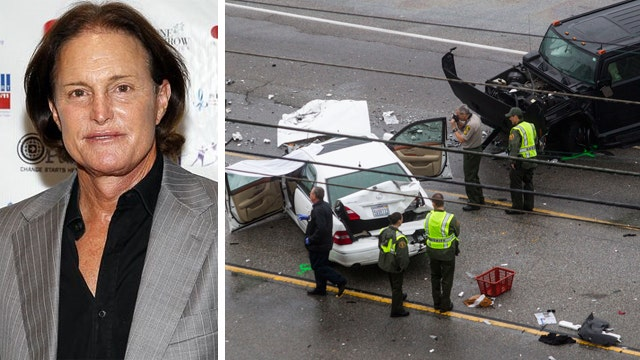 Bruce Jenner crash investigation focusing on phone records