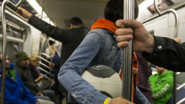 Researchers map NYC subway system microbes