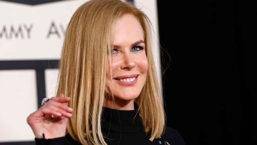 Nicole Kidman seems peeved by red carpet fashion question