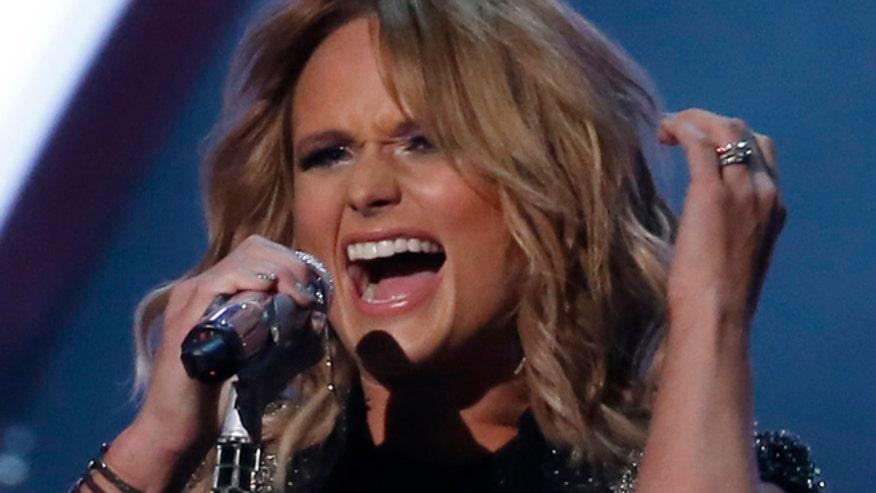 Miranda Lambert curses during show