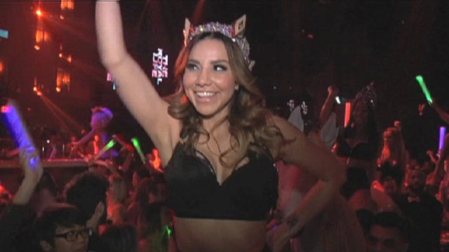 Royal VIP: Party in Vegas & meet the Queen