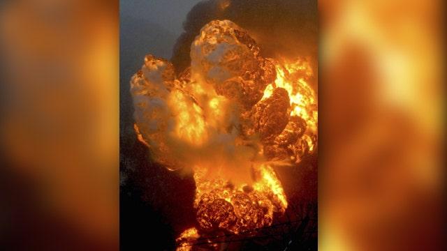 Train derailment sends oil tanker into West Virginia river