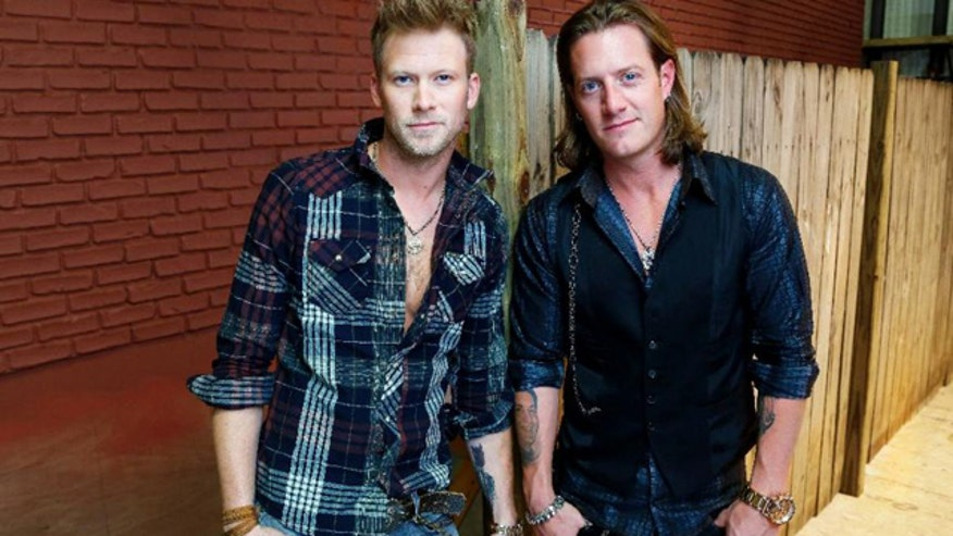 Country stars talk touring, fan reception