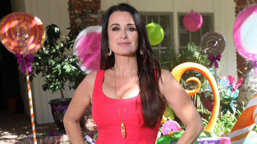 "Part-time ""Real Housewife"" (and full-time mother of four) Kyle Richards steps into the FOXlight."
