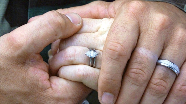 Study finds marriage helps a man's career