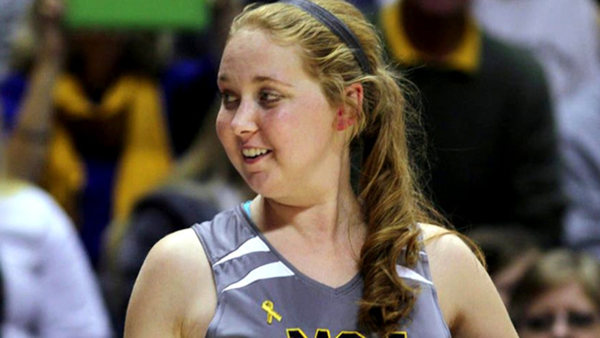19-year-old Lauren Hill played while fighting tumor