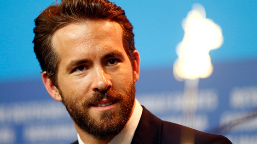 Actor Ryan Reynolds struck in a hit and run, publicist says