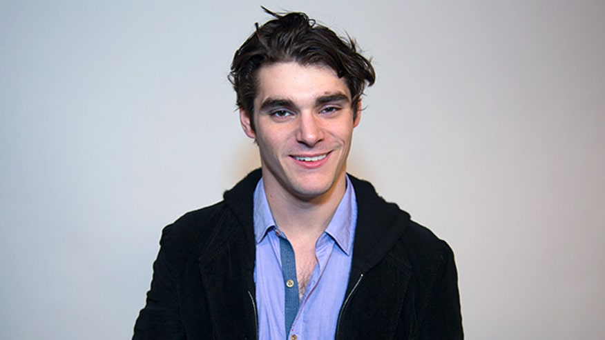 "RJ Mitte tells FNM about landing his breakout role in ""Breaking Bad"" and shares tips on becoming an actor."