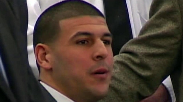Hernandez appears to mouth 'you're wrong' to jurors