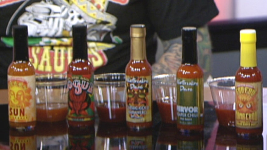 Steve Seabury and Johnny McLoughlin on the NYC Hot Sauce Expo. Plus - can Diana Falzone take on the hot sauce challenge?
