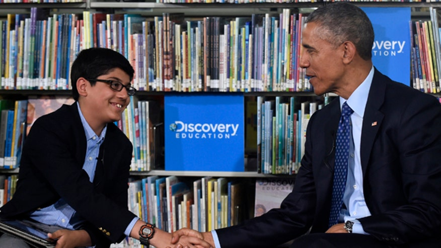 6th grader cuts off Obama in attempt to wrap up event in time for lunch