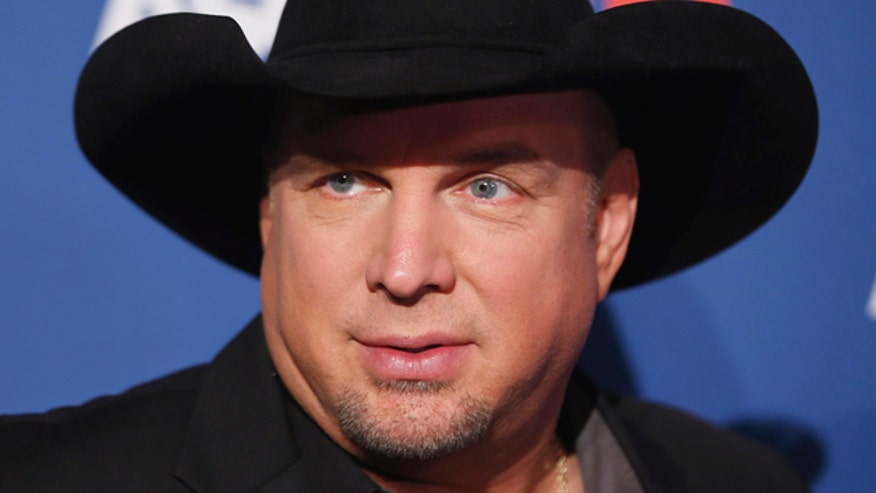 Garth Brooks reflects on changes at Sony