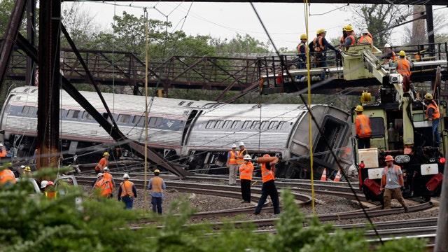 Expert: 'Maintenance' eyed in deadly Amtrak derailment