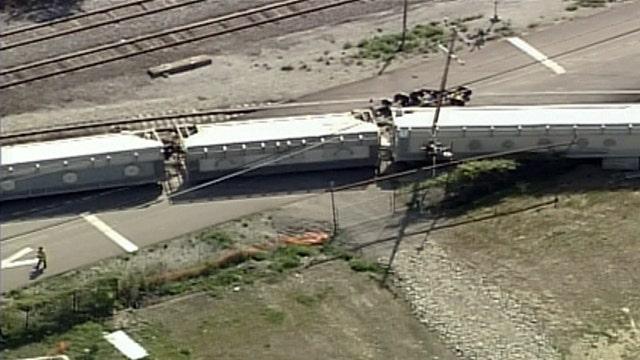 Freight train derails near Pittsburgh