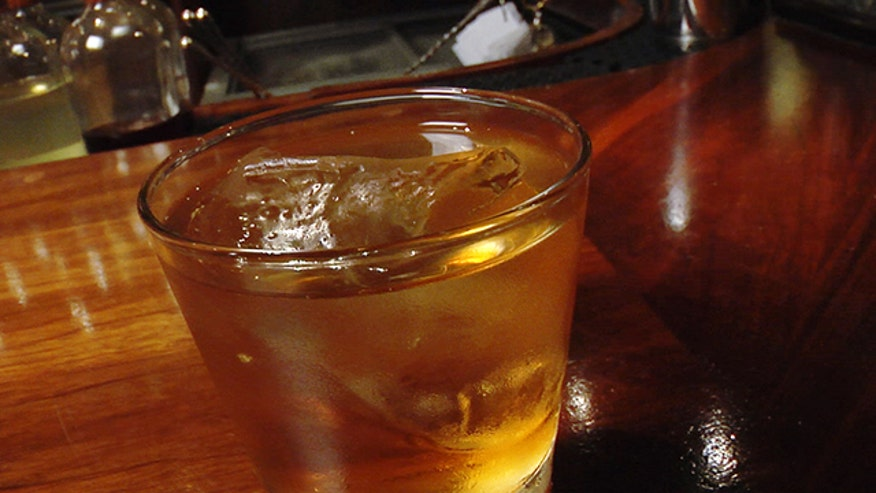 Award-winning bartender Jack McGarry puts an Irish twist on the classic Old Fashioned.